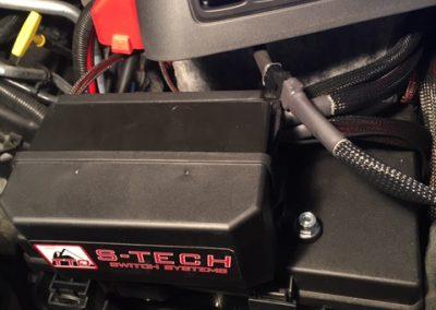 RAM under hood mount